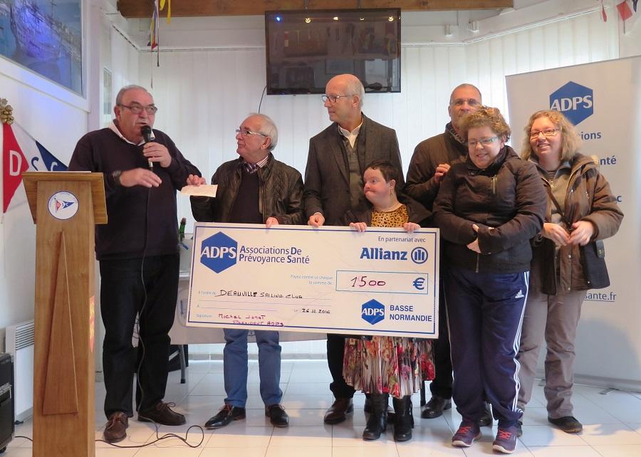 Basse Normandie: Des sorties en mer pour les handicapés du Calavados