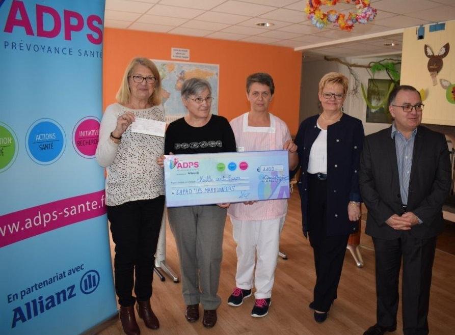 ADPS Aquitaine: Un don de 1100 € à l'association «EHPAD LES MARRONNIERS»