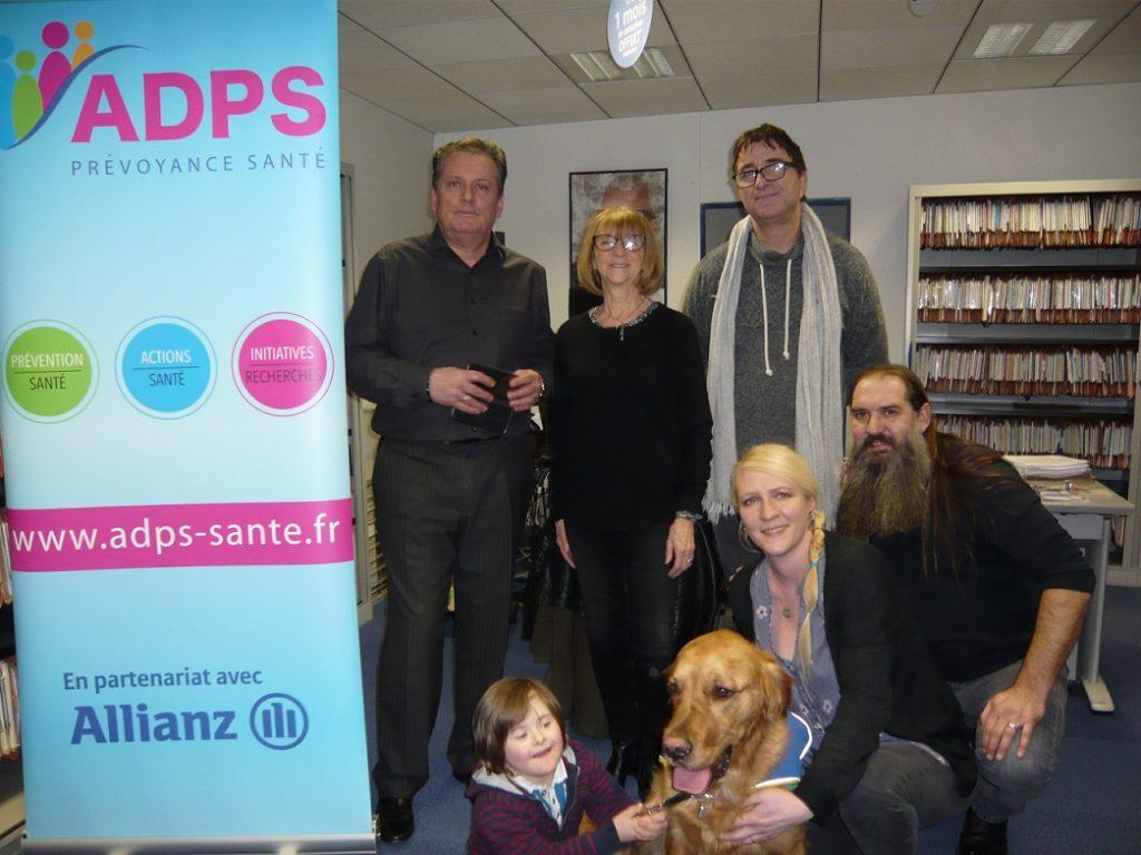 Un accompagnement avec des chiens d'assistance pour les enfants trisomiques