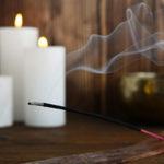 Bougies parfumées et encens polluent l'air intérieur