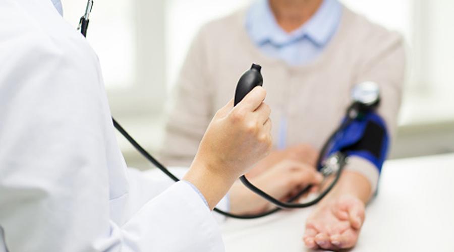 Hypertension: Et si vous preniez votre tension ?