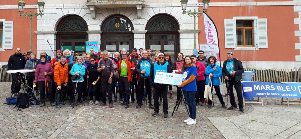 Mars Bleu : première manifestation à la Roche sur Foron !